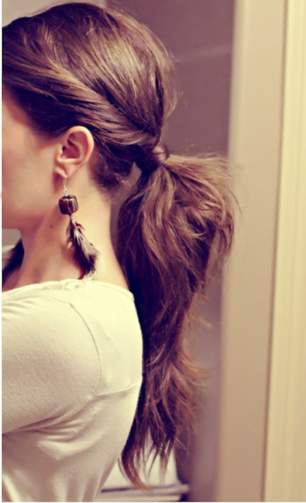 5 simple hairstyles for a lazy hair day - twisted ponytail