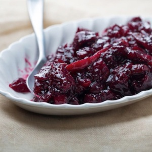 thanksgiving ideas - cabernet cranberry sauce with figs
