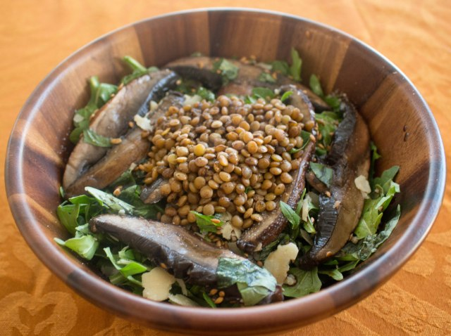 warm mushroom and spicy lentil salad recipe
