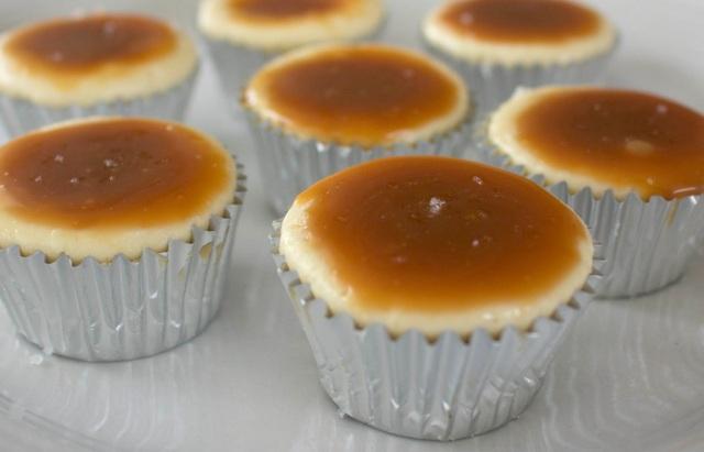 gluten free cheesecake cupcakes