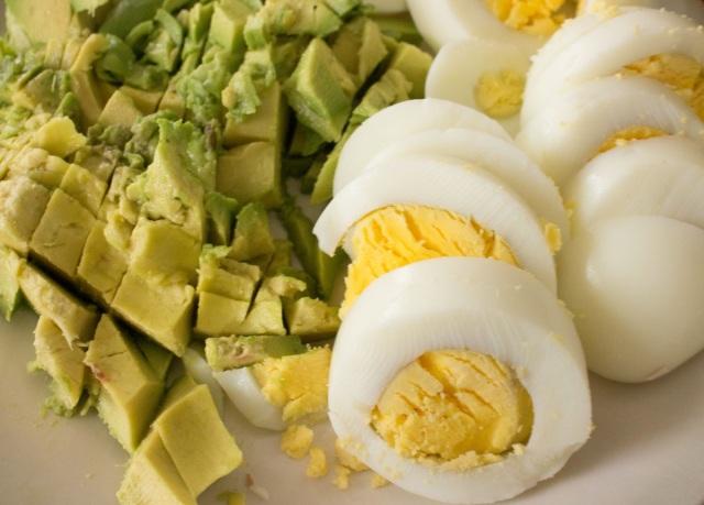 spicy avocado egg salad-3